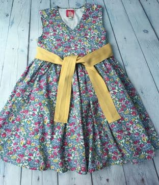 Joules floral dress with yellow sash age 4 (fits 3-4)