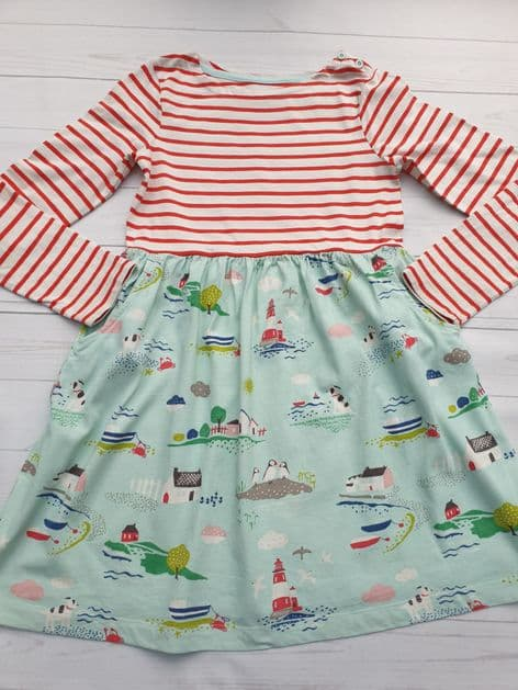 Mini Boden hotchpotch dress in excellent condition age 9-10
