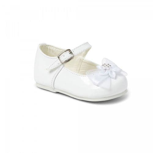 "Baby Girls Patent Bar & Flower Bow Shoes ""2155 White"""
